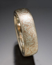 Seamless Mokeme Gane Random pattern in 14kt. Red Gold and Silver, slightly domed band style