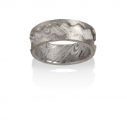Wood grain pattern Damascus Stainless Steel ring with 18k White gold cut edges, textured finish