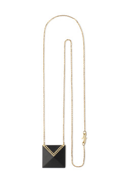 Whitby jet Inlaid pendant with yellow gold and black diamonds