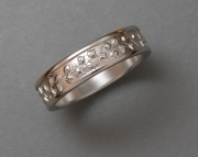 14k White gold band with Vine pattern