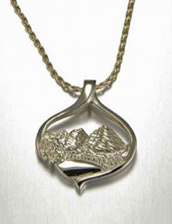 14kt. yellow gold Aspen Pendant featuring the Maroon Bells