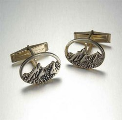 14kt. yellow gold Flatirons cufflinks