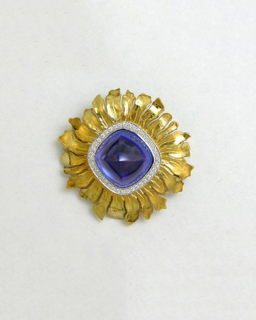 18kt. yellow gold and Platinum tanzanite and diamond brooch